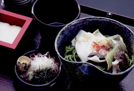 menu/the Grated Abalone -Soba(powder tea leaf in Soba).